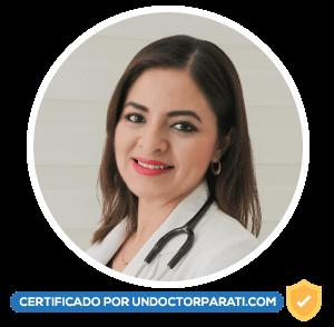 Monica Sanchez Cuevas nefrologa pediatra en leon gto