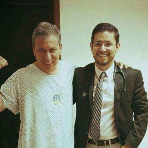 Dr.-Eduardo-Arias-Navarro-09-300x300