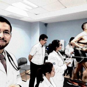 Dr.-Eduardo-Arias-Navarro-12-300x300