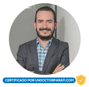 Dr. Rafael Castro Ramírez