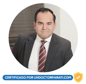 Dr. Jesús Navarro Esparza